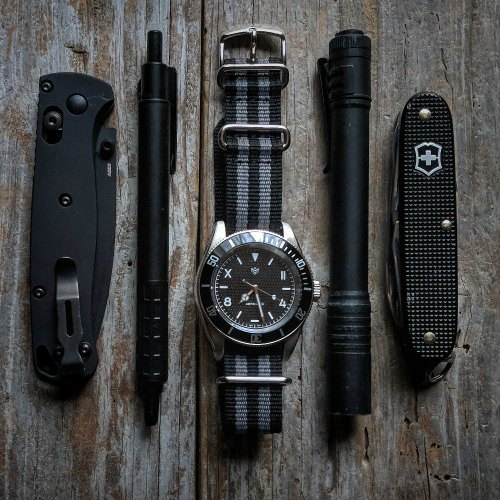 Solider Style Flatlay Pictures