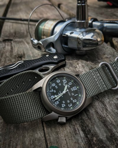 Who Makes The Best Field Watch