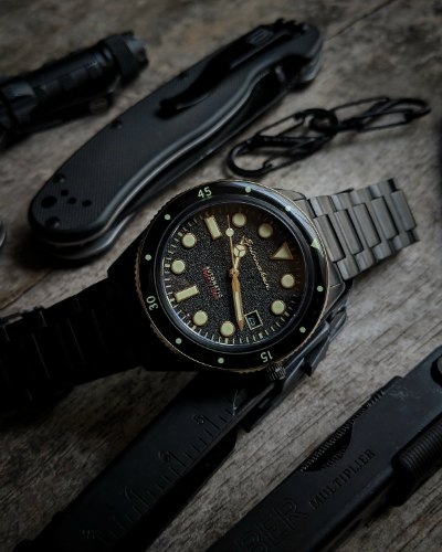 Spinnaker Cahill Mid-Size Watch Review