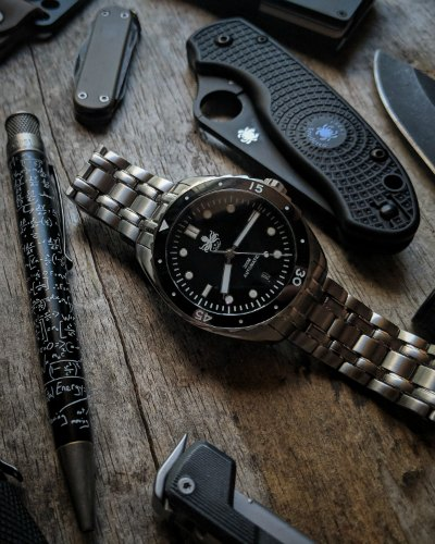 Phoibos Eagle Ray PY025C Dive Watch Review