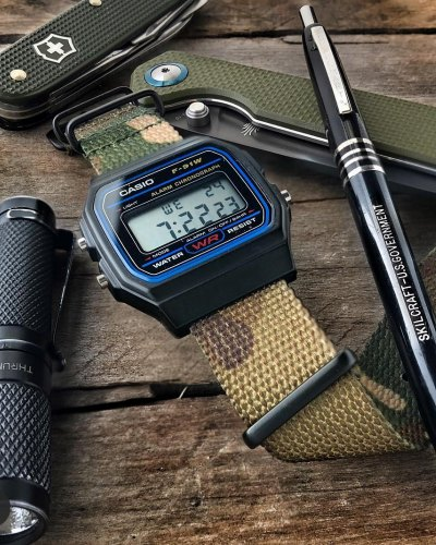 are there watches just for hiking